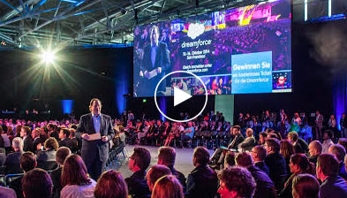 Marc Benioff holding the Keynote of the Salesforce World Tour Paris 2015
